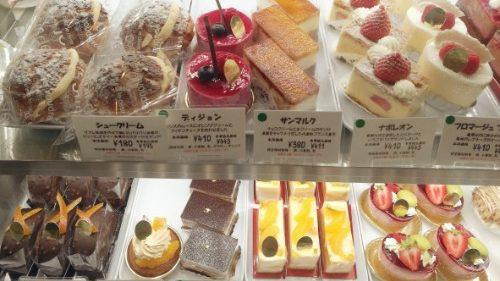 立川 のおすすめケーキ屋 エミリーフローゲのケーキ