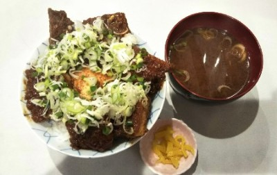 名古屋グルメ 叶 味噌カツ丼 ネギ追加