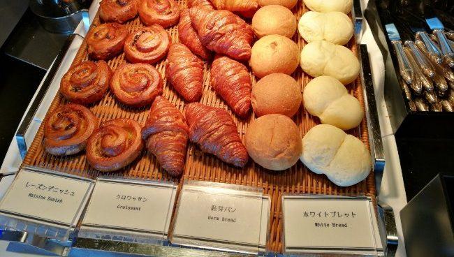 レストラン オーク 立川 ビュッフェ ランチ おすすめ パン