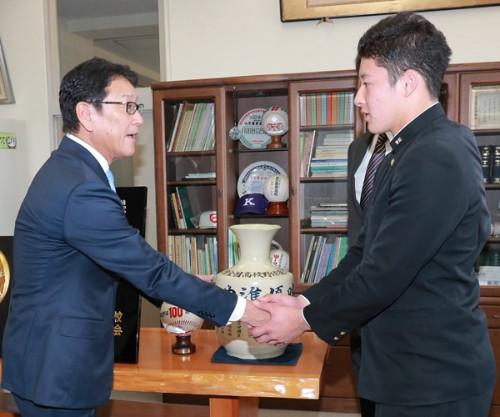 日本ハムファイターズ2018 ドラフト1位 吉田輝星 プロ野球 ドラフト会議 2018 結果ドラフト指名選手 入団交渉速報