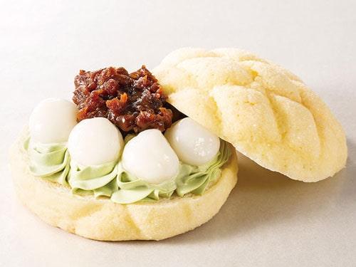 東京ドームおすすめ 人気フード 限定グルメ メロンパンバーガー(抹茶クリーム白玉あずき)